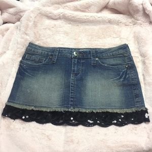 Jean skirt with sequin trim